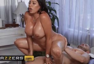 Filthy massagist julianna vega duncan..