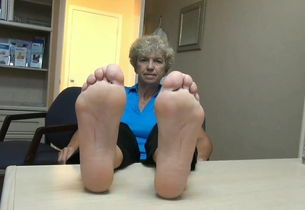 mature soles with adorable bunions