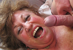 lush 77 years elderly mummy gives a..