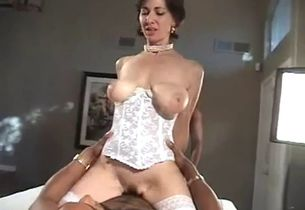 Large jugged mommy used by blacks