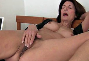 Grandma takes care of her orgasmic needs