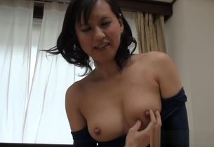 Kinky mature Japanese wifey gives..