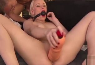 Kinky adult  Jizm in Jaws awesome only..