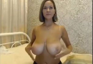 Super-sexy canadian milf girl
