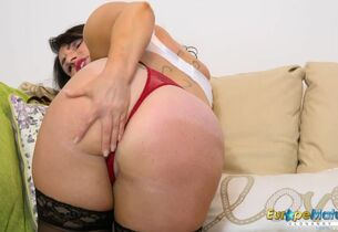 EuropeMature Horn-mad Josephine with..