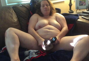BBW mommy regarding prudish pussy..