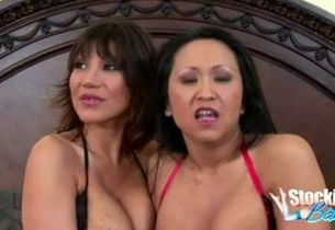 Kitten Langdon And Ava Devine