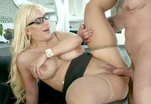 Blondie Fesser be captivated by..