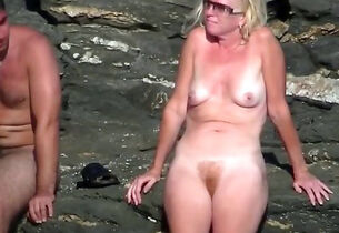 Adult nudist lass beyond everything be..