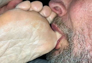 Deepthroating My Wifes Filthy Toes And..