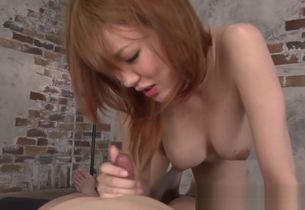 Asian mummy cockblowing and scissoring