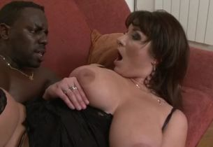 Horny wifey wants some ebony meat